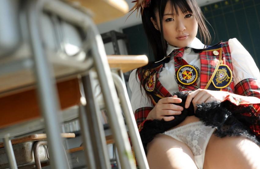 【つぼみエロ画像】彼女の幼さの残る表情の虜!背徳感すら覚えてしまいそうな彼女の魅力! 11
