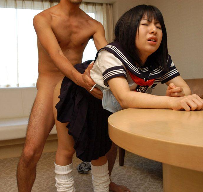 【JKコスプレエロ画像】JKコスプレが似合いすぎる成人女性の卑猥な姿! 29