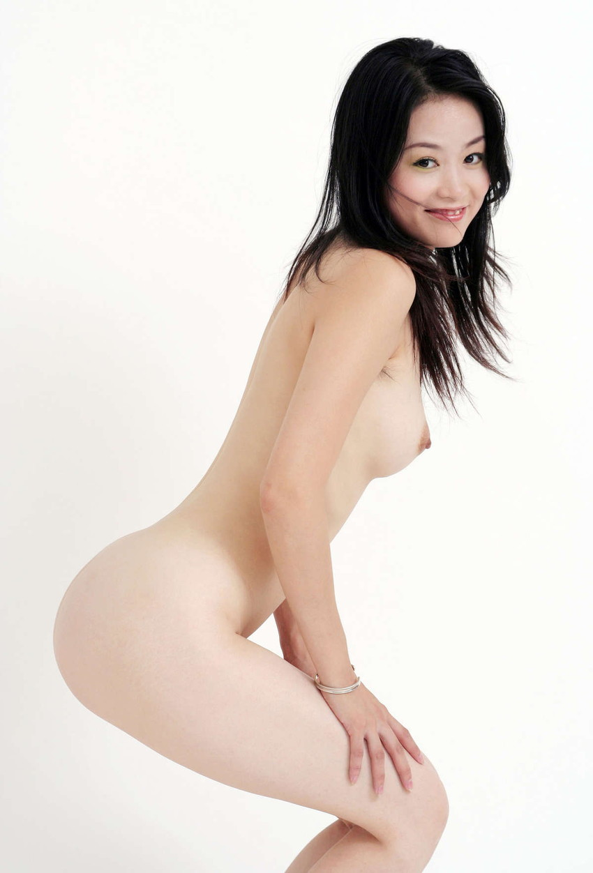 【中国人ヌードエロ画像】日本人に近いアジア人種だけあって違和感の無い中国人ヌード! 10