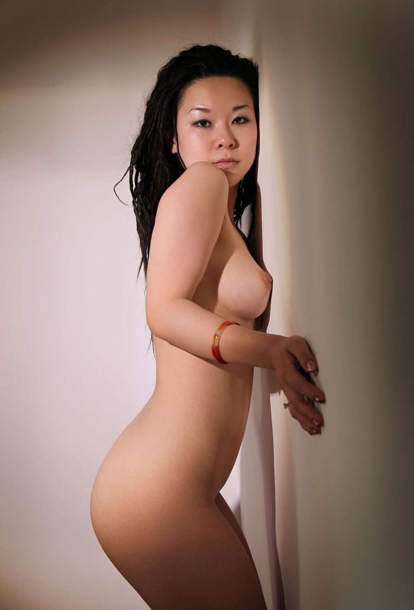 【中国人ヌードエロ画像】日本人に近いアジア人種だけあって違和感の無い中国人ヌード! 17