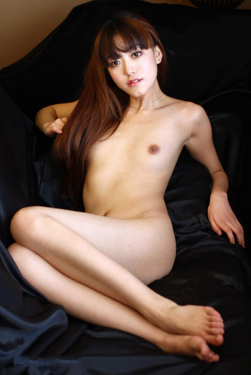 【中国人ヌードエロ画像】日本人に近いアジア人種だけあって違和感の無い中国人ヌード! 33