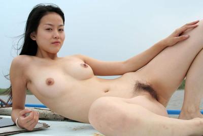 【中国人ヌードエロ画像】日本人に近いアジア人種だけあって違和感の無い中国人ヌード! 07