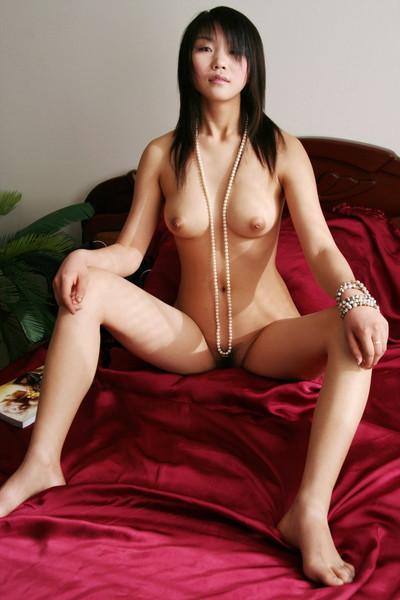 【中国人ヌードエロ画像】日本人に近いアジア人種だけあって違和感の無い中国人ヌード! 47