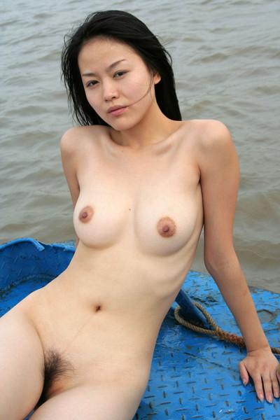 【中国人ヌードエロ画像】日本人に近いアジア人種だけあって違和感の無い中国人ヌード! 48