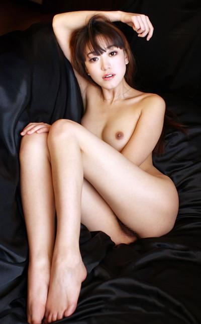 【中国人ヌードエロ画像】日本人に近いアジア人種だけあって違和感の無い中国人ヌード! 49