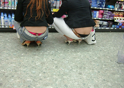 【ローライズエロ画像】こんなズボン履いてれば、こんな事にもなりますよ…。