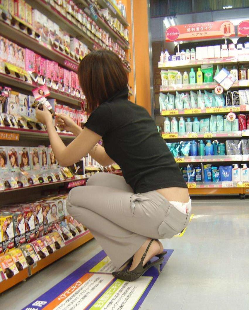 【ローライズエロ画像】こんなズボン履いてれば、こんな事にもなりますよ…。 36