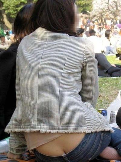 【ローライズエロ画像】こんなズボン履いてれば、こんな事にもなりますよ…。 21