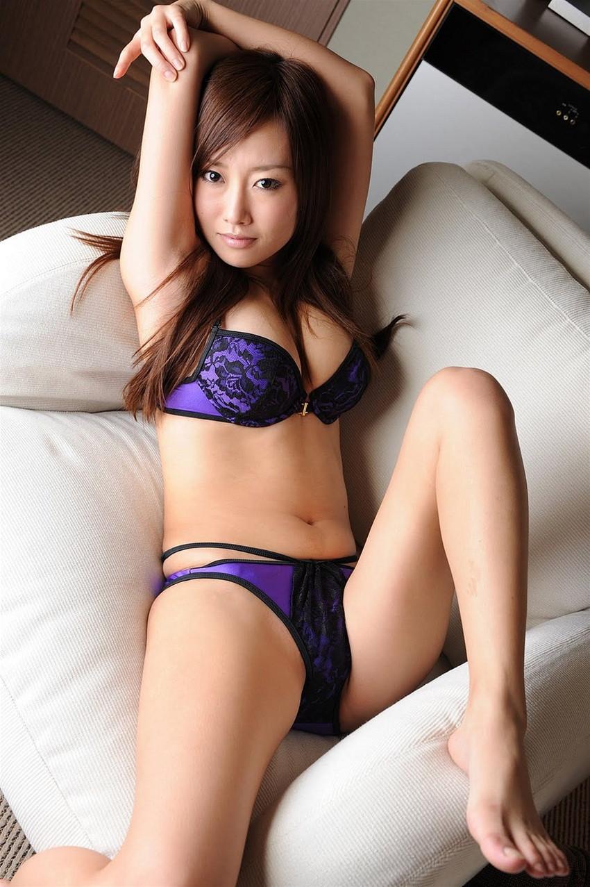 【セクシーランジェリーエロ画像】強いセックスアピール!セクシー下着でより大人な女に!? 14