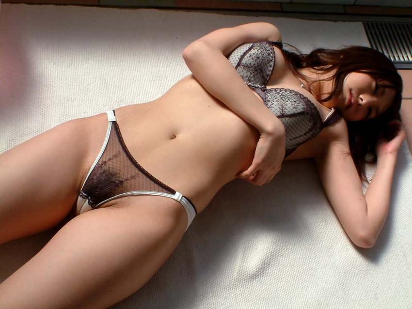 【セクシーランジェリーエロ画像】強いセックスアピール!セクシー下着でより大人な女に!? 29