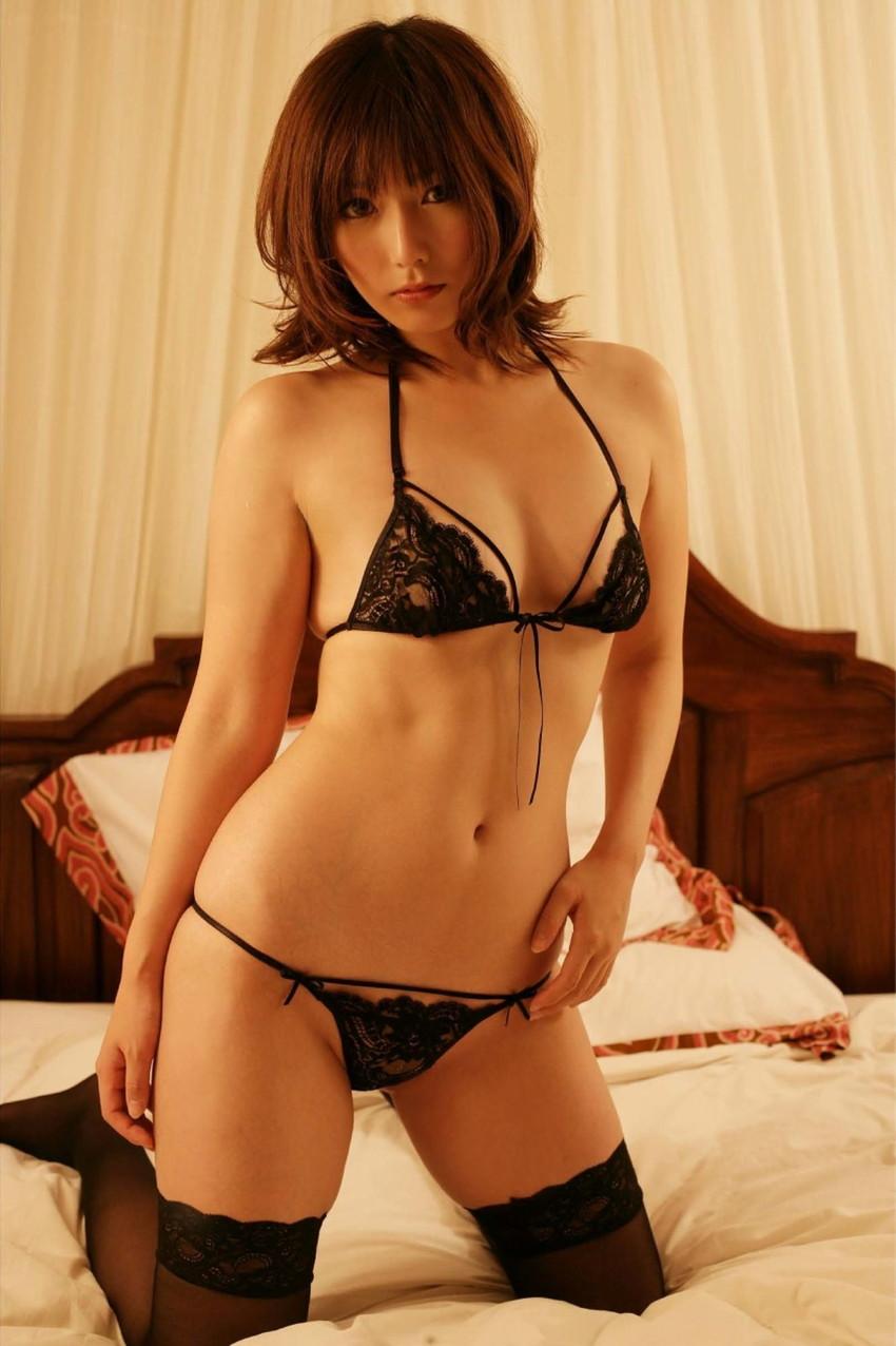 【セクシーランジェリーエロ画像】強いセックスアピール!セクシー下着でより大人な女に!? 48