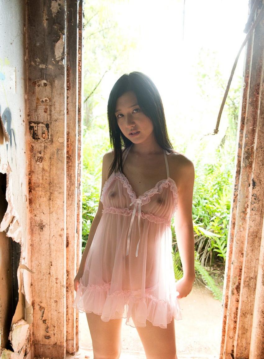【シースルーエロ画像】シースルーで裸体がスケスケ!鼻血モノのシースルー衣装! 13