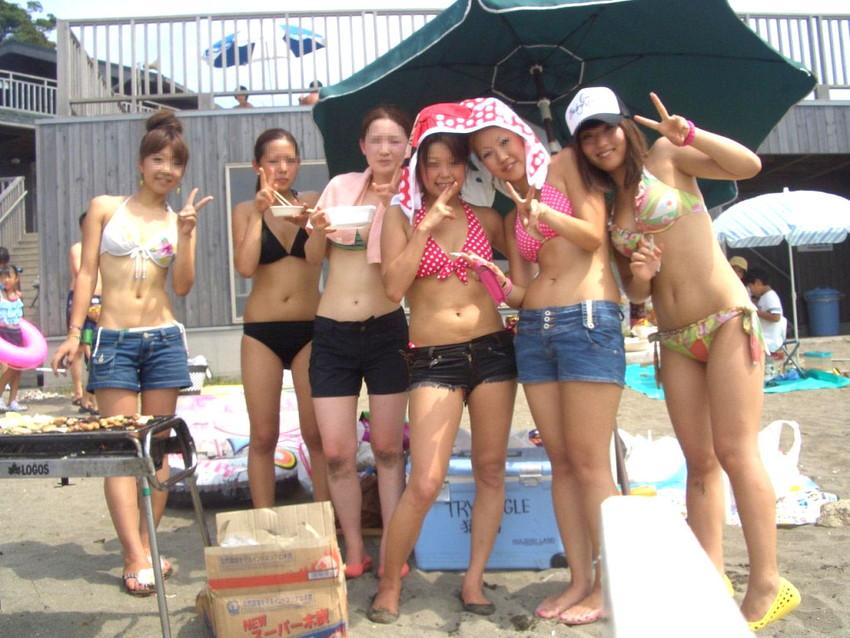 【素人水着エロ画像】素人娘たちの生々しい水着姿に勃起するやつちょっと来い! 13