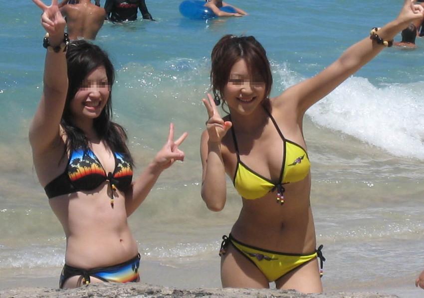 【素人水着エロ画像】素人娘たちの生々しい水着姿に勃起するやつちょっと来い! 34