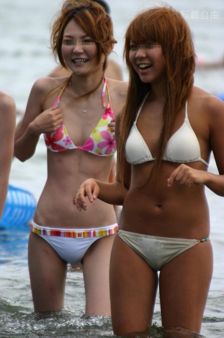 【素人水着エロ画像】素人娘たちの生々しい水着姿に勃起するやつちょっと来い! 38