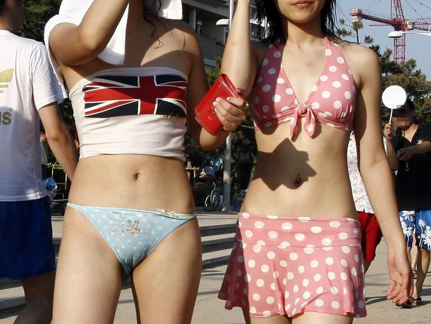【素人水着エロ画像】素人娘たちの生々しい水着姿に勃起するやつちょっと来い! 51