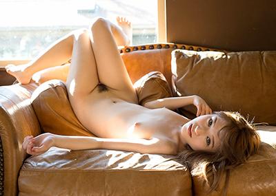 【椎名そらエロ画像】あのお騒がせAV女優とレズビアン関係にあるという椎名そら!