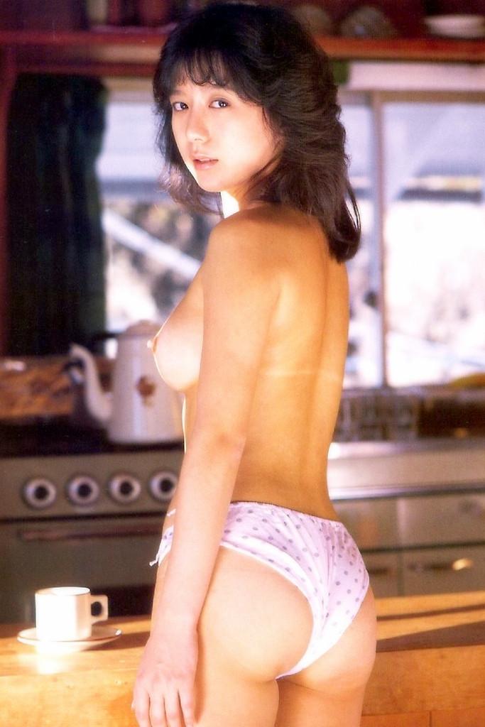 【小林ひとみエロ画像】年をとってもやっぱり美しい昭和のAV女優!小林ひとみ 02