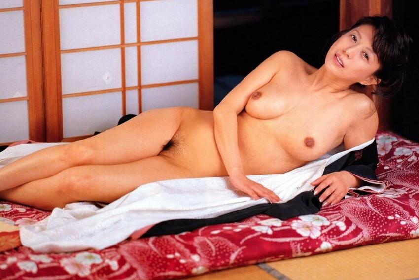 【小林ひとみエロ画像】年をとってもやっぱり美しい昭和のAV女優!小林ひとみ 12