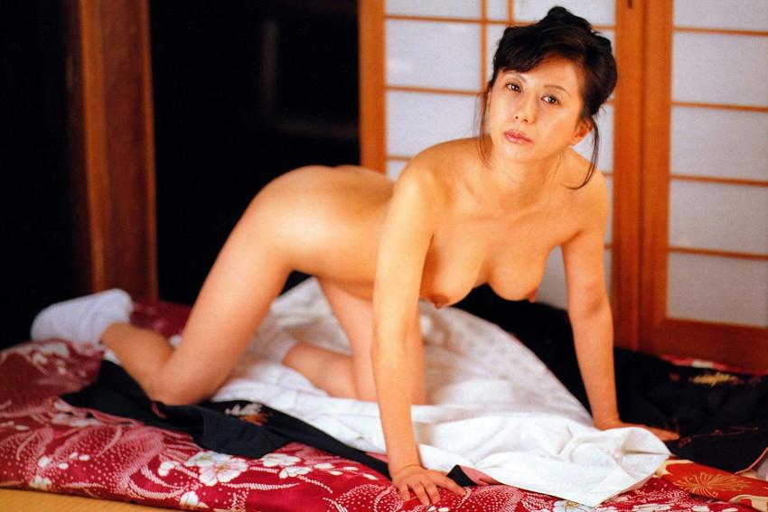 【小林ひとみエロ画像】年をとってもやっぱり美しい昭和のAV女優!小林ひとみ 13