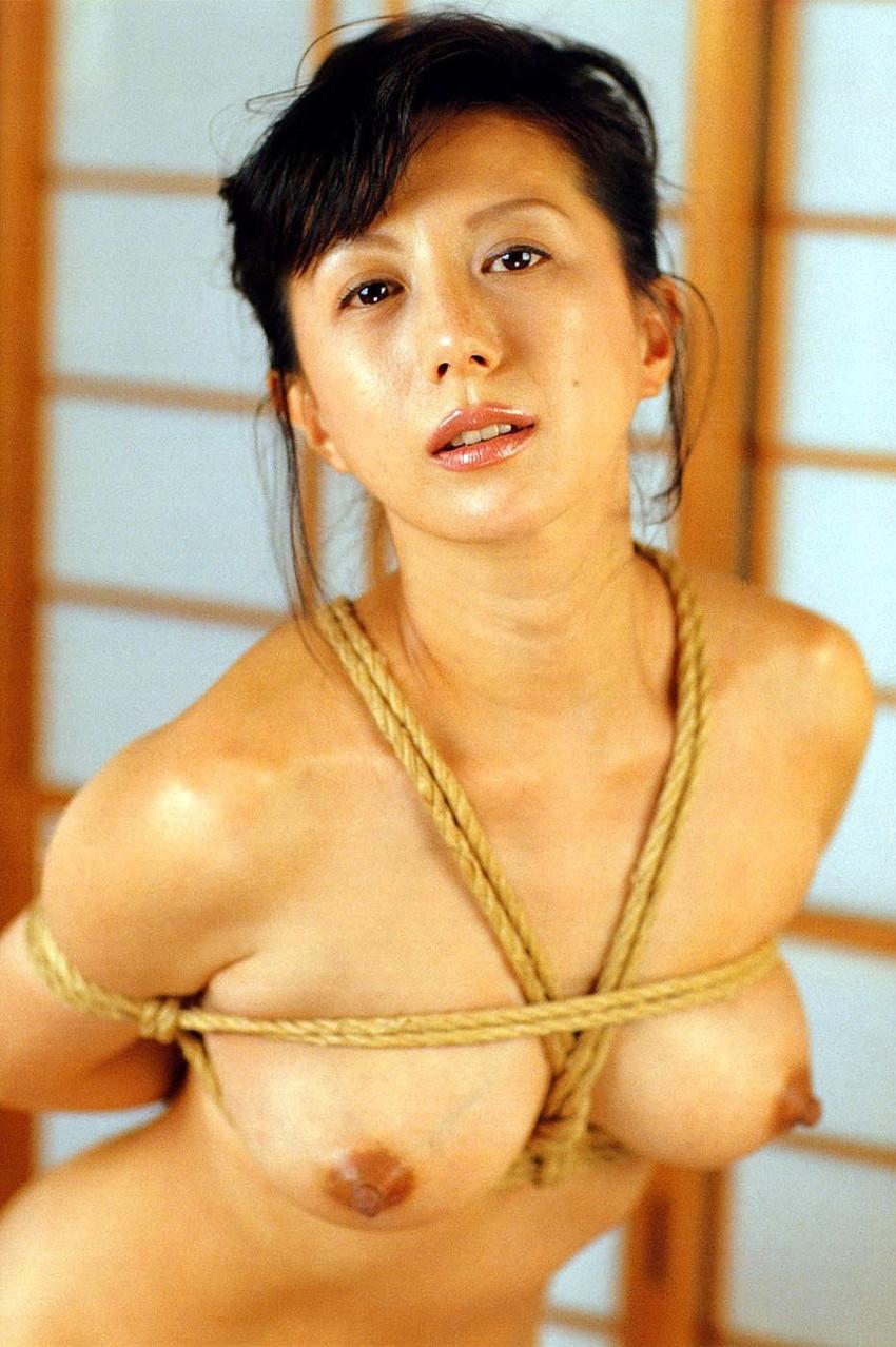 【小林ひとみエロ画像】年をとってもやっぱり美しい昭和のAV女優!小林ひとみ 16
