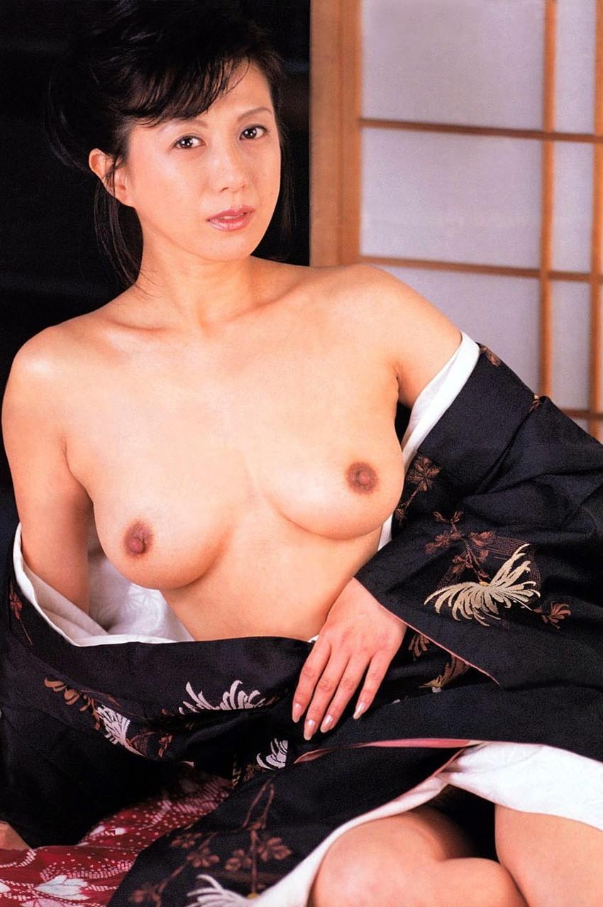 【小林ひとみエロ画像】年をとってもやっぱり美しい昭和のAV女優!小林ひとみ 18