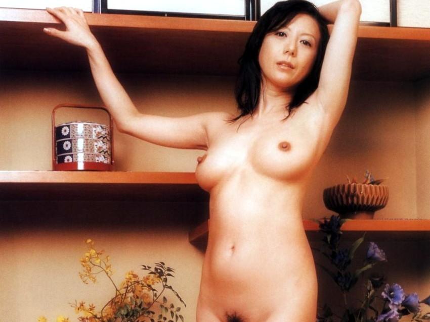 【小林ひとみエロ画像】年をとってもやっぱり美しい昭和のAV女優!小林ひとみ 22