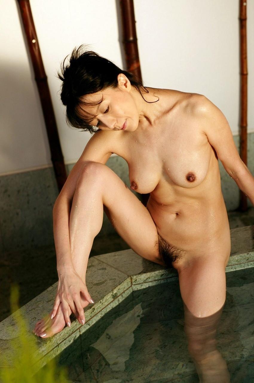 【小林ひとみエロ画像】年をとってもやっぱり美しい昭和のAV女優!小林ひとみ 25