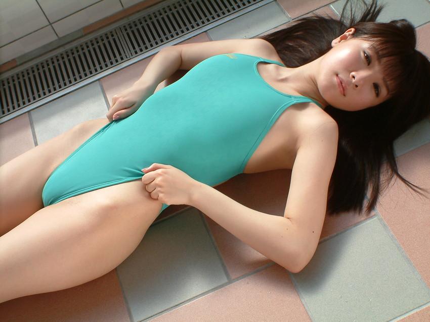 【競泳水着エロ画像】競泳水着を愛でる!こんなエロい水着なのに競泳用とは…w 45