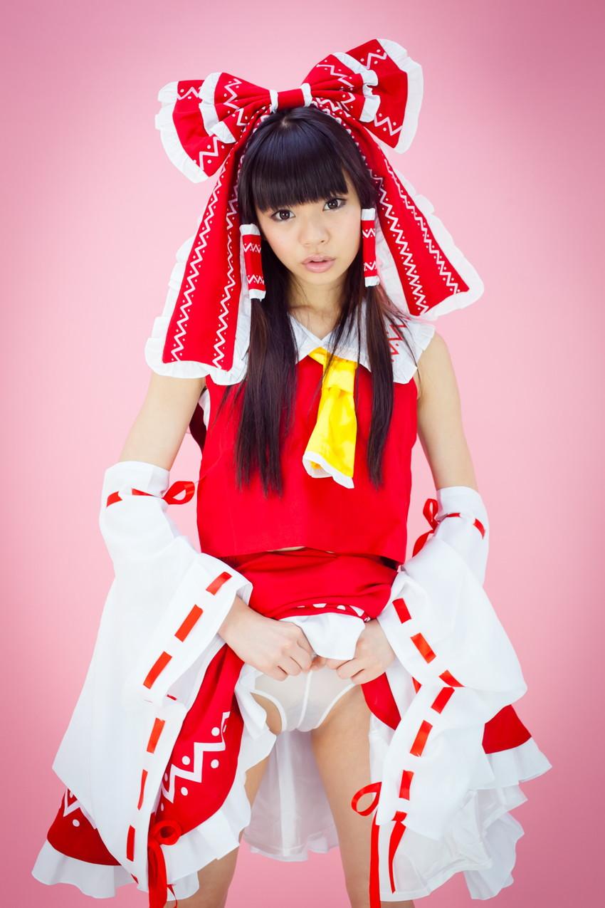 【アニコスエロ画像】ちょっと過激なアニメコスプレ!コスプレ少女たちの艶姿! 16