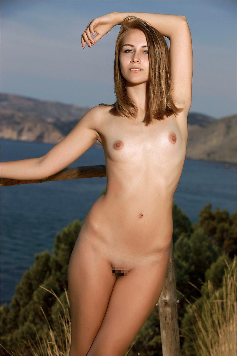 【海外ちっぱいエロ画像】海外女性たちのちっぱい画像にやたら背徳感www 43