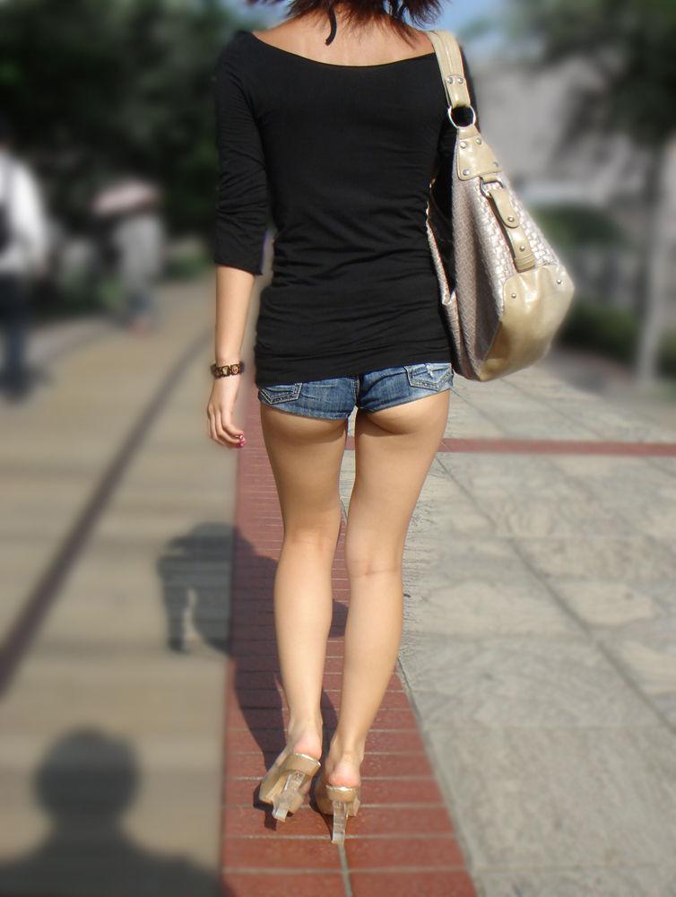 【ホットパンツエロ画像】普段着なのになぜかエロい!これは意識しすぎじゃ…っていうホットパンツw 35