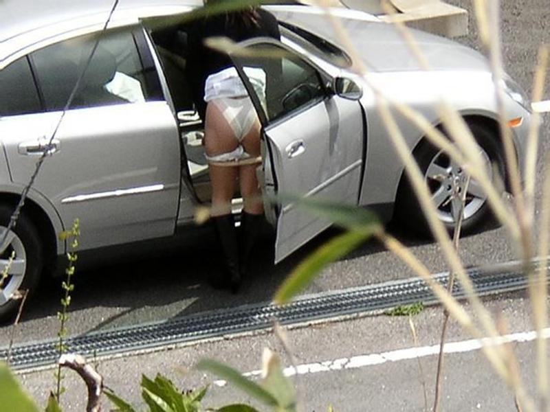 【着替え盗撮エロ画像】まさかカメラがあったなんて!?着替え中を盗撮された素人娘! 14