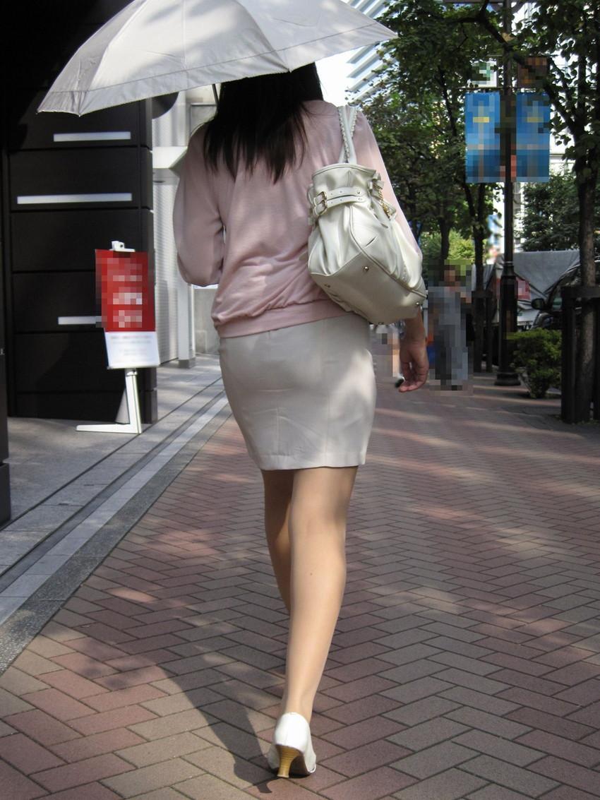 【素人着衣透けエロ画像】見せるつもりのない着衣から透けた素人娘のランジェリー! 05