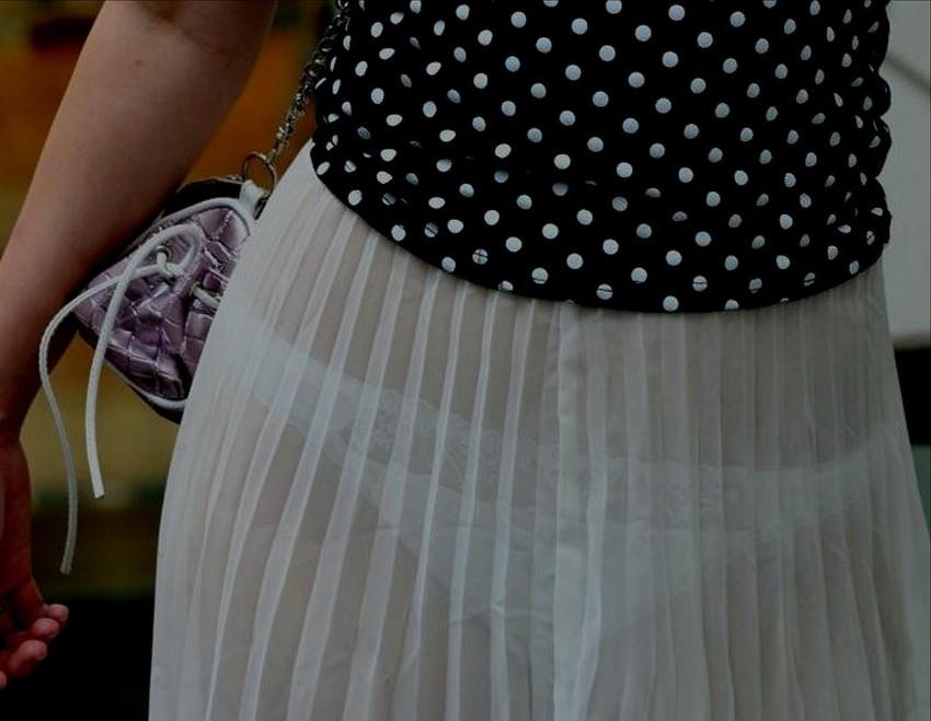 【素人着衣透けエロ画像】見せるつもりのない着衣から透けた素人娘のランジェリー! 08
