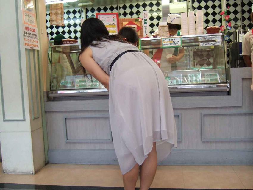 【素人着衣透けエロ画像】見せるつもりのない着衣から透けた素人娘のランジェリー! 44