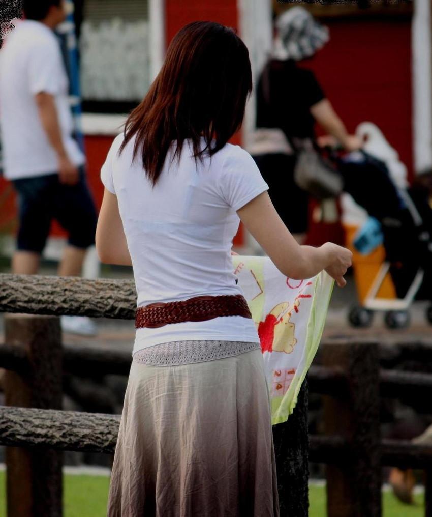 【素人着衣透けエロ画像】見せるつもりのない着衣から透けた素人娘のランジェリー! 47