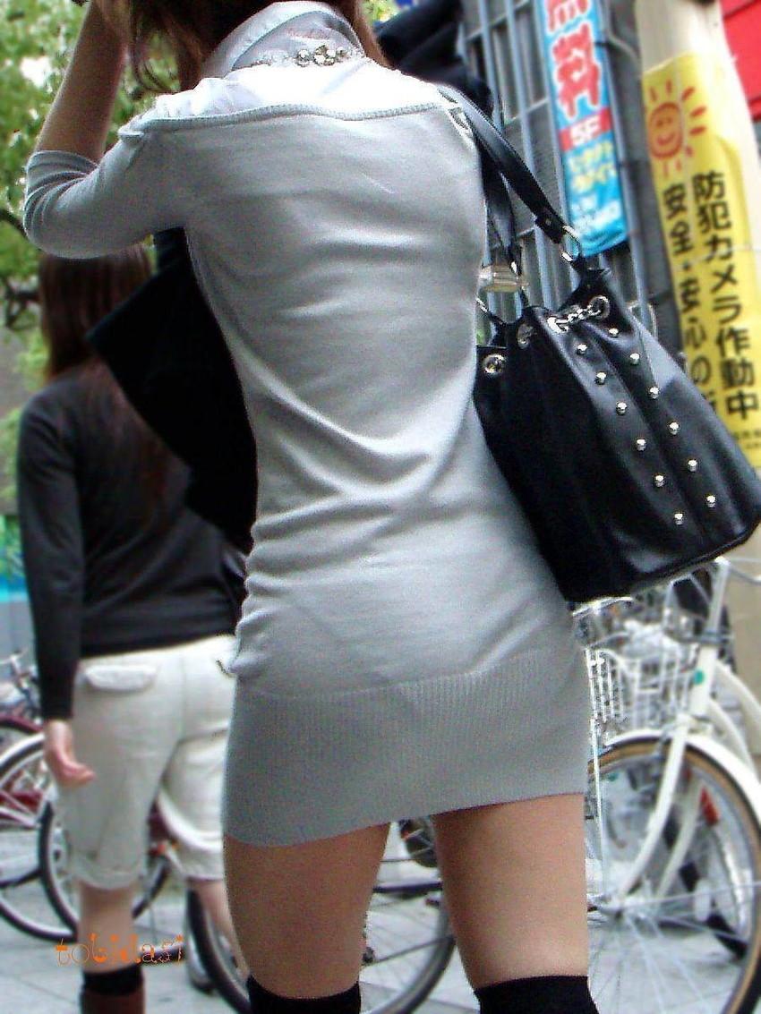 【素人着衣透けエロ画像】見せるつもりのない着衣から透けた素人娘のランジェリー! 48