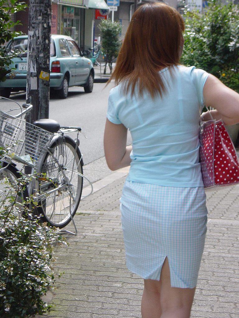 【素人着衣透けエロ画像】見せるつもりのない着衣から透けた素人娘のランジェリー! 52