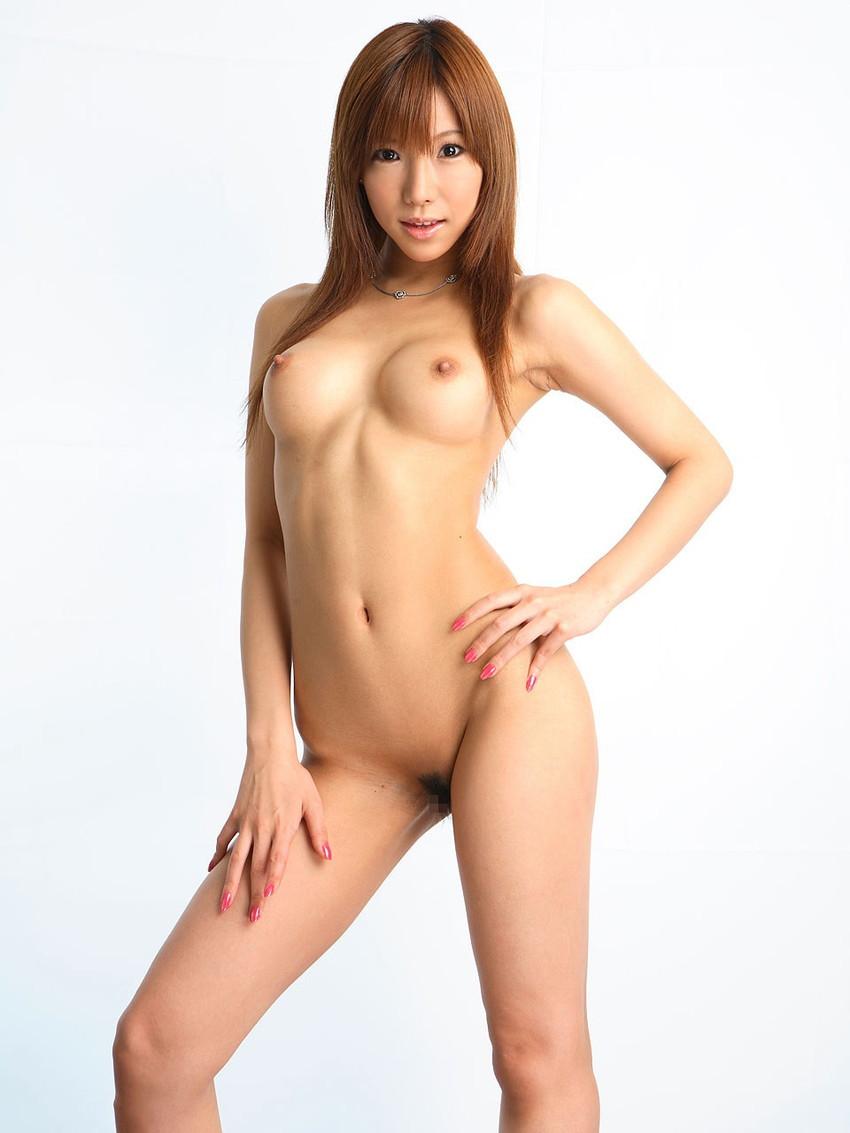 【美乳エロ画像】美しすぎるおっぱい見たいやつ!沢山いるんじゃないか? 49