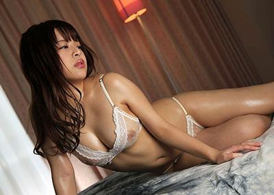 【セクシーランジェリーエロ画像】過激な女性下着!よりセクシーにwww