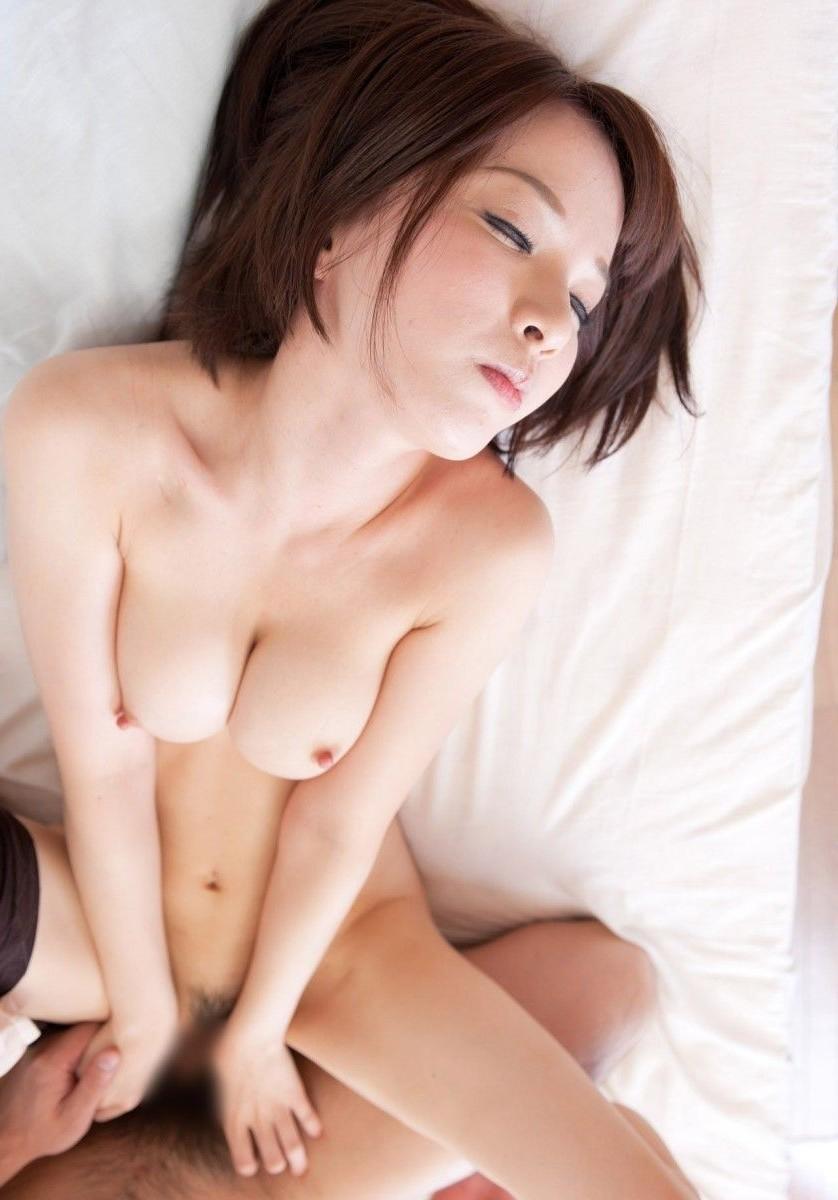 【セックスエロ画像】様々な体位、様々なタイプの女の子たちのセックス! 20