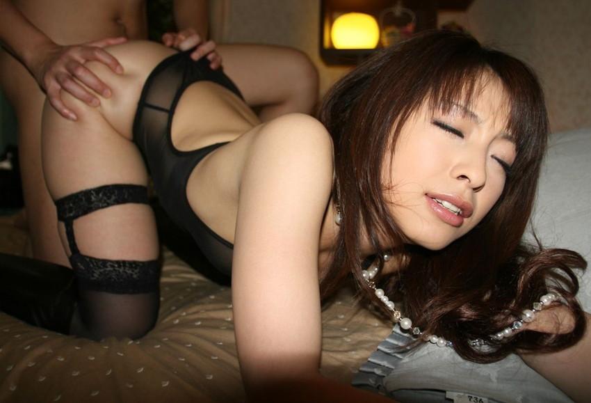 【セックスエロ画像】様々な体位、様々なタイプの女の子たちのセックス! 26