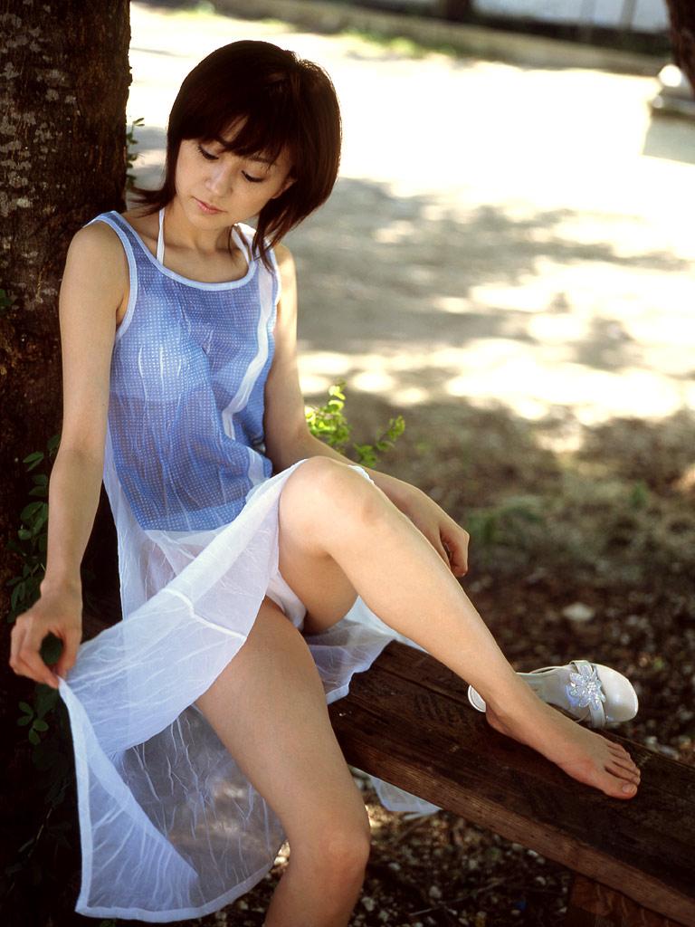 【シースルーエロ画像】スケスケの着衣で女の子の身体が丸見え!www 03