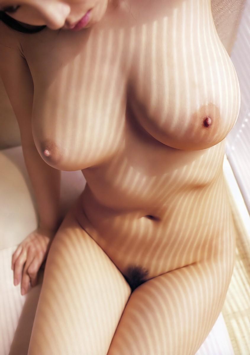 【巨乳エロ画像】大きいのは良い事だ!こんな巨乳の彼女がいるやつ裏山杉だろ!? 30