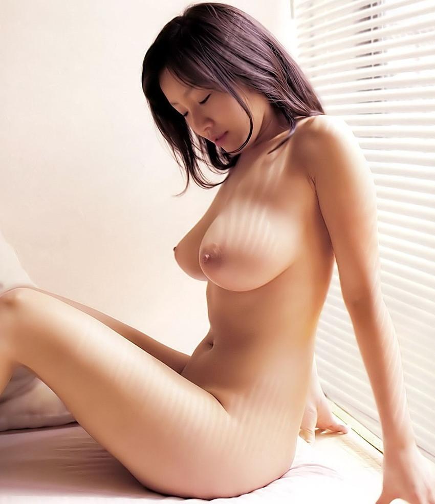 【巨乳エロ画像】大きいのは良い事だ!こんな巨乳の彼女がいるやつ裏山杉だろ!? 32