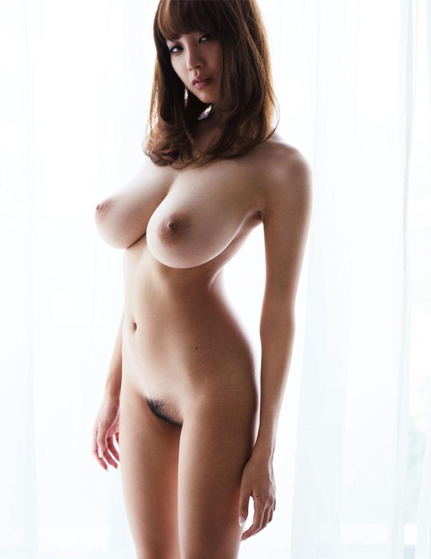 【巨乳エロ画像】大きいのは良い事だ!こんな巨乳の彼女がいるやつ裏山杉だろ!? 46