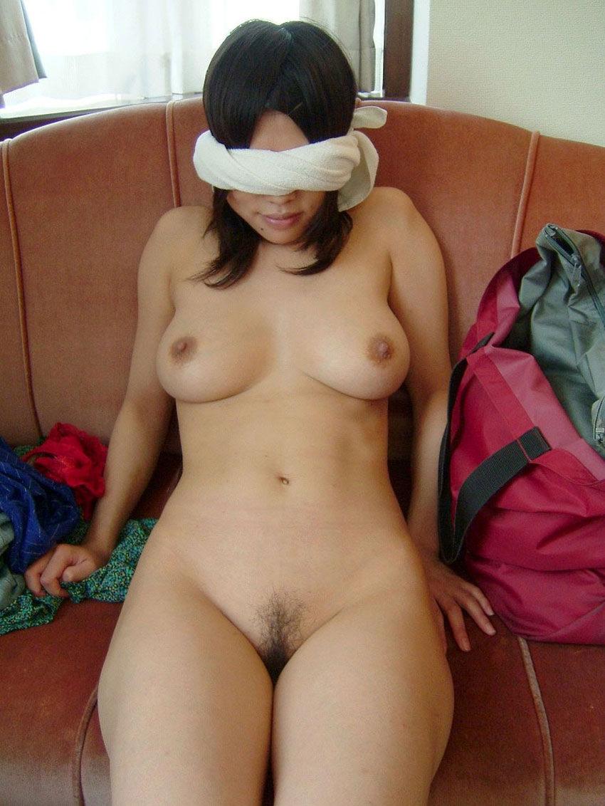 【目隠しプレイエロ画像】視覚を奪われた女の身体はより敏感に…!? 18