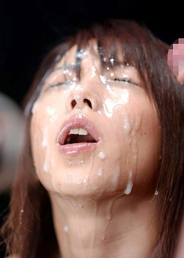 【顔射エロ画像】女の子の顔面におもいっきりザーメン発射!wwww 45