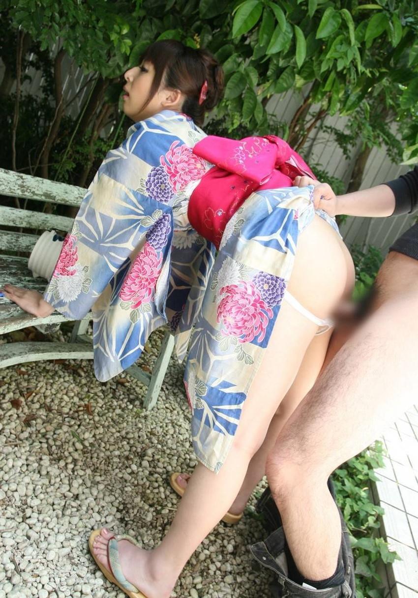 【和服エロ画像】日本古来の着衣!和服姿でハメまくりの女の子たち! 44